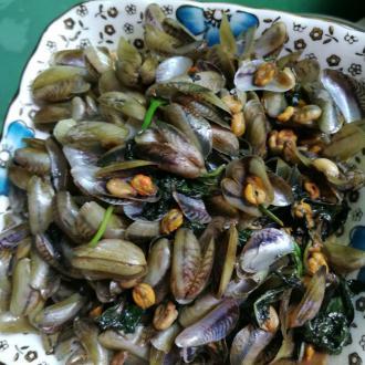 紫苏炒海瓜子