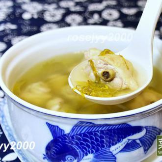 金银花炖鸡汤