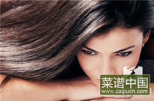 吃什么可以让头发变黑呢?推荐这4种!