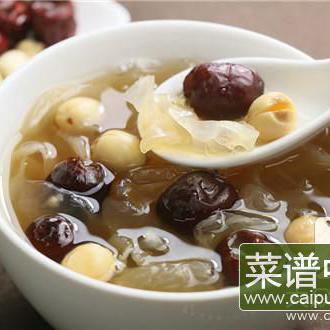 银耳红枣花生汤的好处