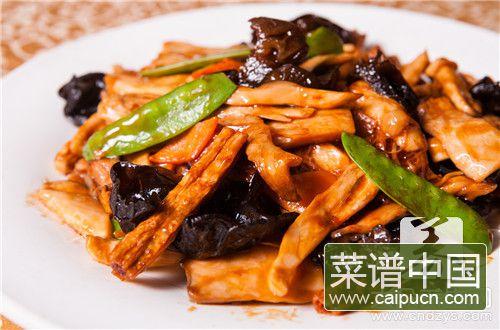 红萝卜炒香菇有害吗