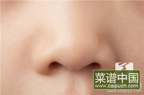 鼻梁和山根的区别